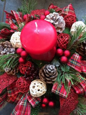 Tartan Table Dec